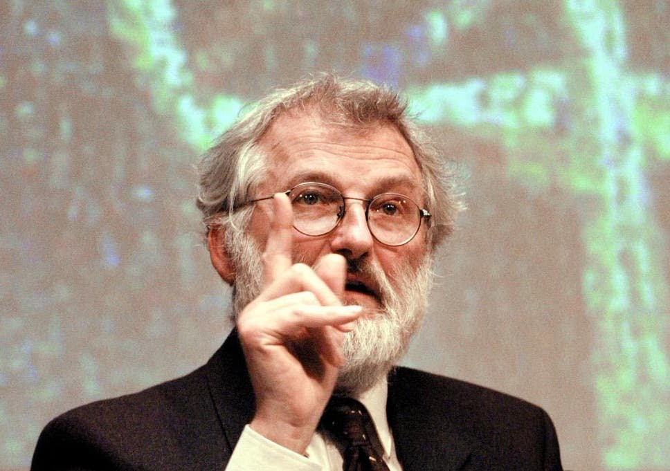British scientist John Sulston, the spearhead of Britain's part in mapping mankind's genetic blueprint, gives a press conference 12 February 2001 in London about the Human Genome Project (HGP) at The Wellcome Trust